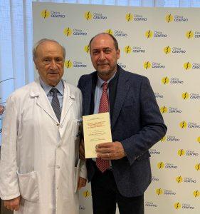 Los doctores Enrique Gastaldi y Pedro Guillén durante el congreso
